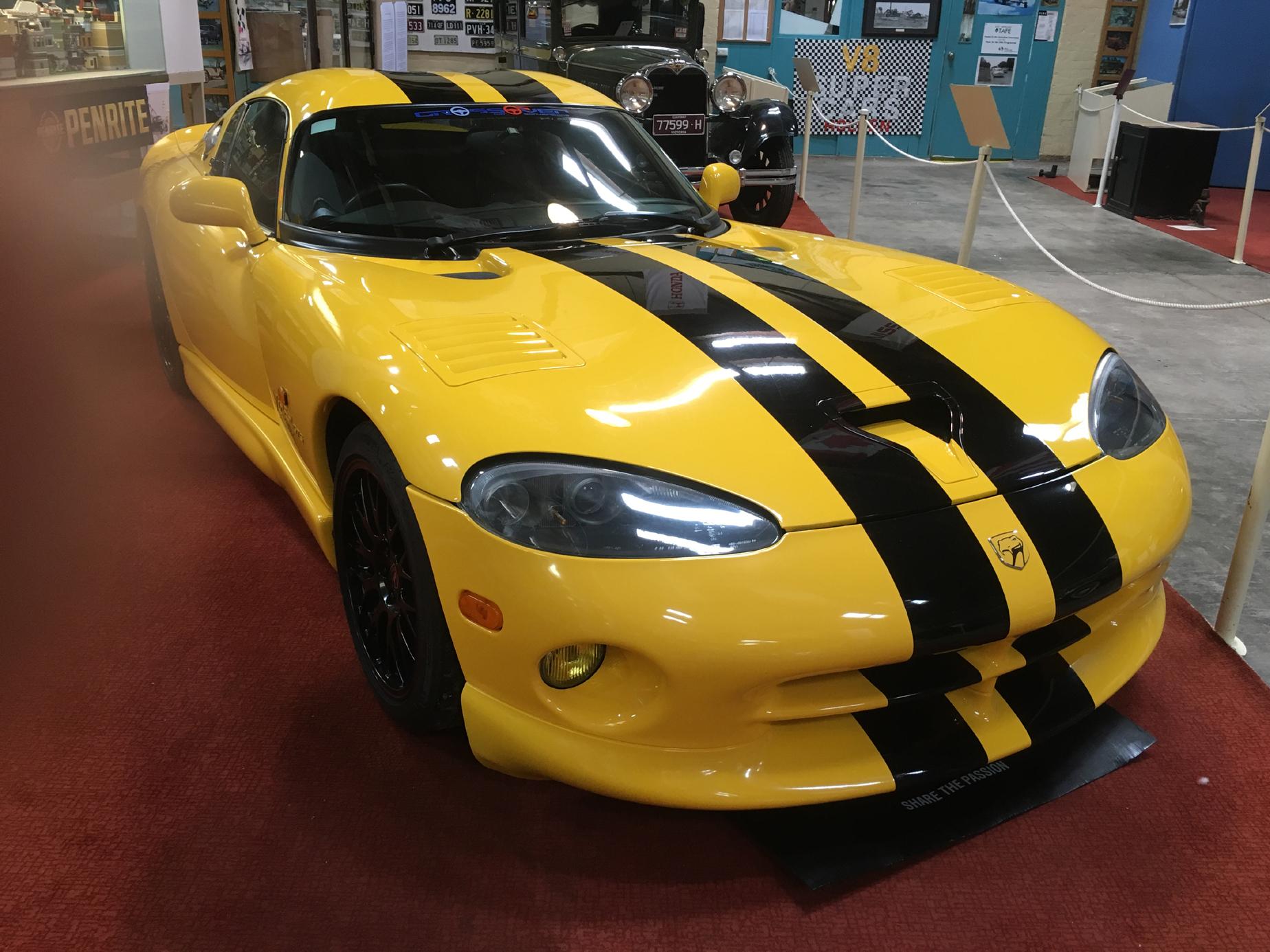Mo-Power Chrysler8